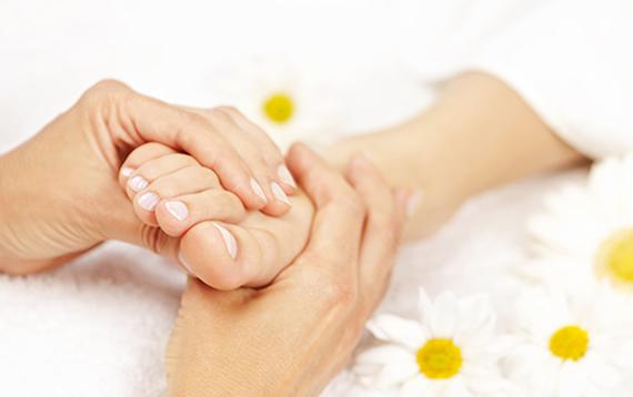Thaise voet massage bij Body Basics Well-being